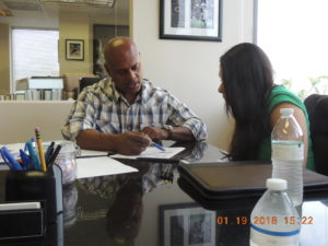 Miami-Home-Loan Jennifer & Norman Signing